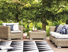 5 ways to create a snug outdoor nook thumb